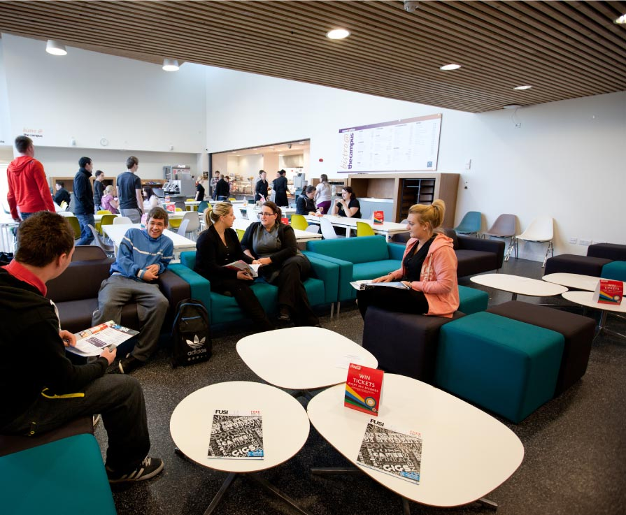 College student satisfaction remains high