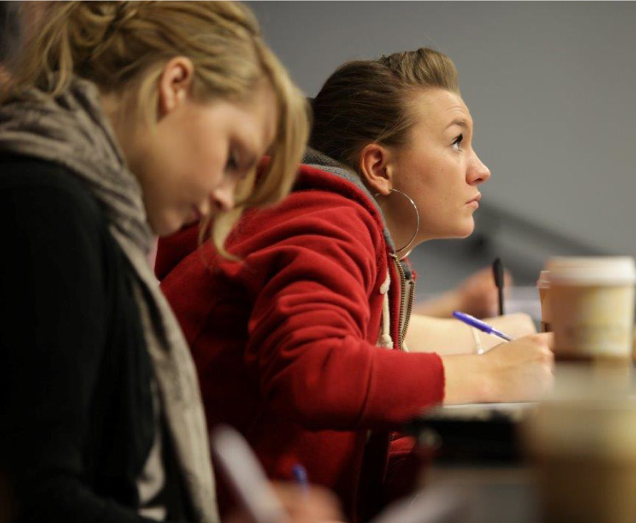 Record numbers studying HE courses